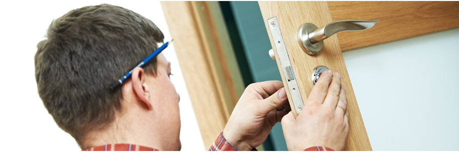 When you move to a new location or if you've experienced a break in, changing your locks is always a good idea and we'd be happy to offer our services!